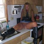 Pussy on the counter!!