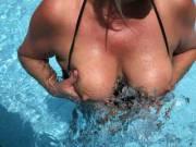 pool tits