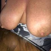 morning tits 54yo wife 40D