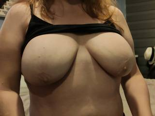 Cum across my tits. Let me see that hard, thick cock of yours explode on this cumslut.