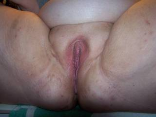 very tasty pussy she has love to eat it would anyone like a lick