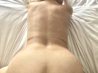hubby bend me over early in the morning, he want to grab my big ass and cream pie me !!! how I look ??!!!