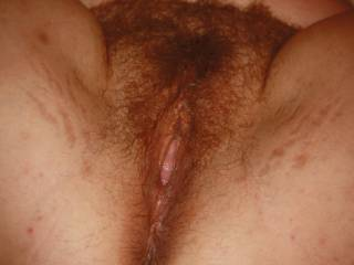 Would love to have some of that pussy hair in my mouth