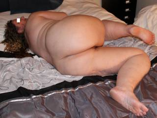 My curvy bbw ass for you to look at. Hope you like ;-)