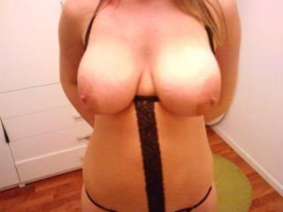 wow... I love your very nice and soooooo big nipples!!!!!!!!!