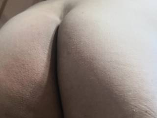 Anyone wants to take the invitation for a pussy pounding