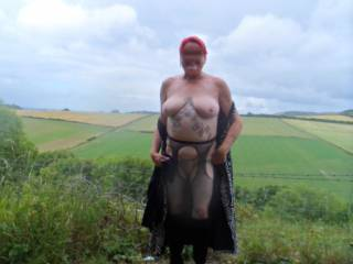 Hi all found a huge forest to wander around lots of places to get naked, any suggestions? dirty comments welcome mature couple
