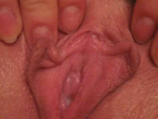 Omg would I ever love to feast on that mouth watering pussy of yours!