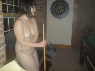 we have something in common I love to watc hyou play pool naked and you look so sexy doing it