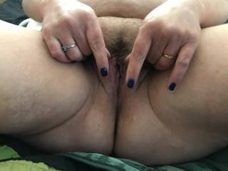 BBW wife big pussy starting to spread