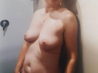 I want big hard cock!..show me what u can do to me...