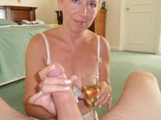 oh yeah it does, wanking MY cock and drinking champagne !