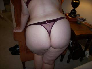 Within moments of walking in the door, Lupo\'s wife was stripped down to her panties and showing me her ass.  Gotta love a hotwife who loves to fuck other men!