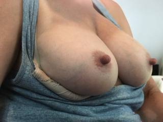 Do you like my tits and nipples?