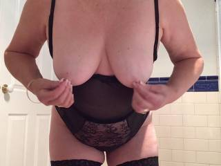showing my tits to zoig fans my nipples who wants to suck on them...