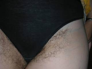 very sexy hard hairy pussy mature fat. clos up  cant i kisse him, and fuck him ??? im excited for looking her pussy style