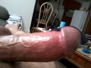 Who's looking for a nice hard thick cock to please ?