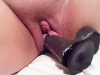 Fuck! I wish those pussylips were around my shaft right now...i would pump the biggest load inside you.