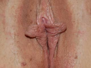 Young wife\'s pussy is a pleasure to eat or fuck to waves of gushing orgasms.  Sweet lady with an amazing hot body & cunt lips is ignored by hubby enough years to look online for satisfaction from a big cock.  I was pleased to service her in every way 7 yr