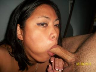 Love her to blow me and blow my big load on that gorgeous face