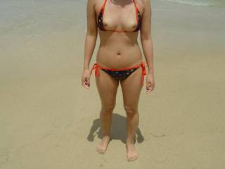 would love to see that picture again of her wearing this bikini and her chest covered in cum.  i came back to zoig just to look at it again, but it is gone!  :'-(