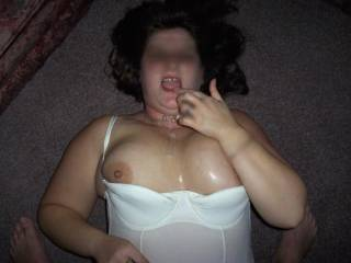 I would love to give you lots of presents honey all over and in your body. Would love to fill all your holes with cum
