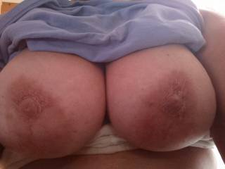 I Luv those Beautiful breasts!! I would love to lick and suck those nipples a while