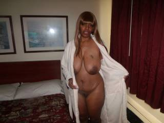 This Ebony Milf was staying next door to me in a hotel on a recent trip. I convinced her to visit me while her husband was out