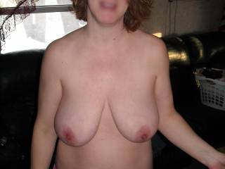 oh god i just love those huge titties..ummm bet they hang really nice
