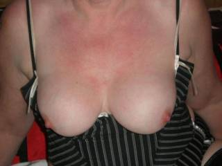 they really are lovely tits! look beautiful and VERY tasty mmmm