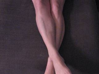 Strong legs, beautiful complexion, and cute, ticklish feet...WoW !!