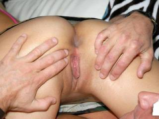 MMMMMMMM MMMMMMMMM I WOULD LOVE TO LICK THAT FROM CLIT TO BOTTOM TIL YOU CUM IN MY MOUTH ANYTIME SEXY;)