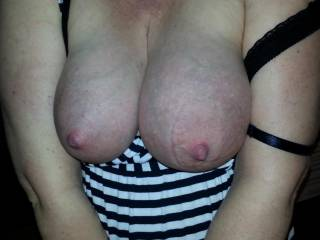 I so love this picture of her huge milk filled lactating breasts... don\'t you?