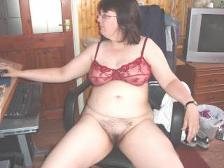 my cock for the body,i love the hairy wife!!!