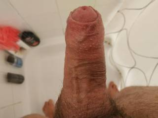 Getting horny under the shower again