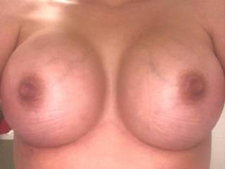 Neighbour titties
