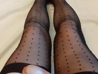 a view of how hard my new stockings made me