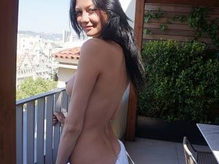 love your photos, six wonderful one, a lot sexy, your sublime body thanks for the pleasure that mine you have given, watching your photos I hope to see to you thanks thanks still luciano