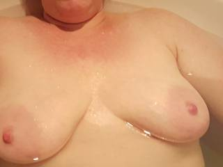 Milk filled tits float nicely in the tub, wouldn\'t you agree?  ❤❤❤