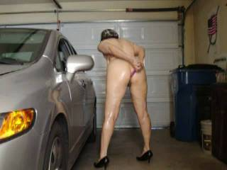 my wife working her ass in the garage