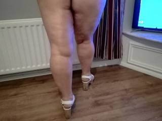 hubby likes me to show a bit of bum