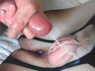 Shooting my tasty thick jizz on Mizmayhem\'s wet pussy lips! She drained my balls good! Her reward for sending me some cock tribute pics!