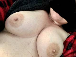 Love her tits...