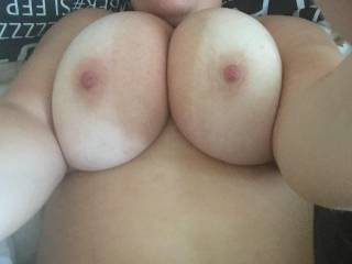 Feeling horny in the morning. Who wants to spray their hot cum over my picture on my tits?? X