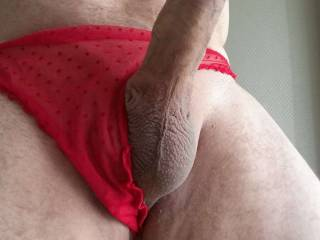 I get a huge stiff cock thinking that my photos turn you on