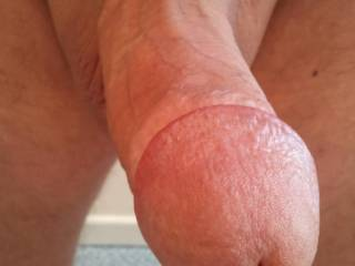 Like to see that pump a load up my wife's pussy!