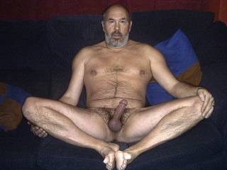Female half of couple here would be more than happy to, as it looks very inviting!  xx