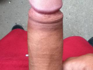 Very nice thick uncut cock. Makes my mouth water
