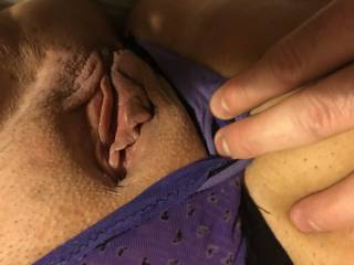 Would you like this pussy to squirt on your face ?