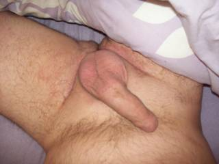 I love seeing a nice size relaxed cock laying across a guys body....just the kind of cock I love licking, and sucking.  MILF K